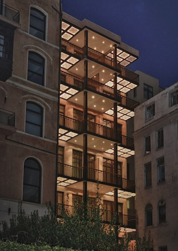 georges_hotel_facade_by_night