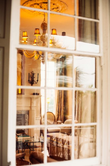 Parlor_Window_Zero_George-386x579